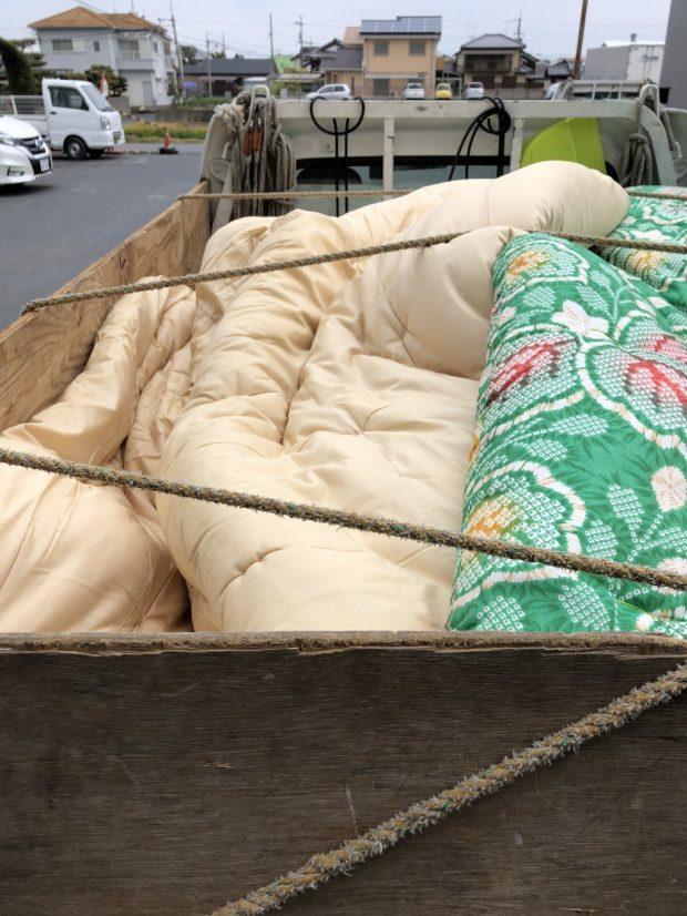 【草津市平井】布団、衣類などの回収☆大量の不用品を処分できご満足いただけたようです。