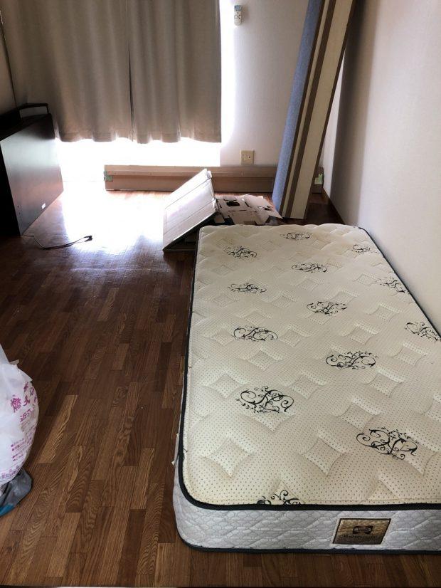 【近江八幡市】ベッド・椅子などの回収☆ご希望日での回収や不用品の追加など、お客様のご要望にしっかりと対応することができ喜んでいただけました!