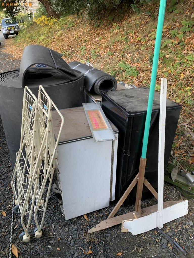 【小平市】冷蔵庫、ラック、ゴムマットなどの回収・処分 お客様の声