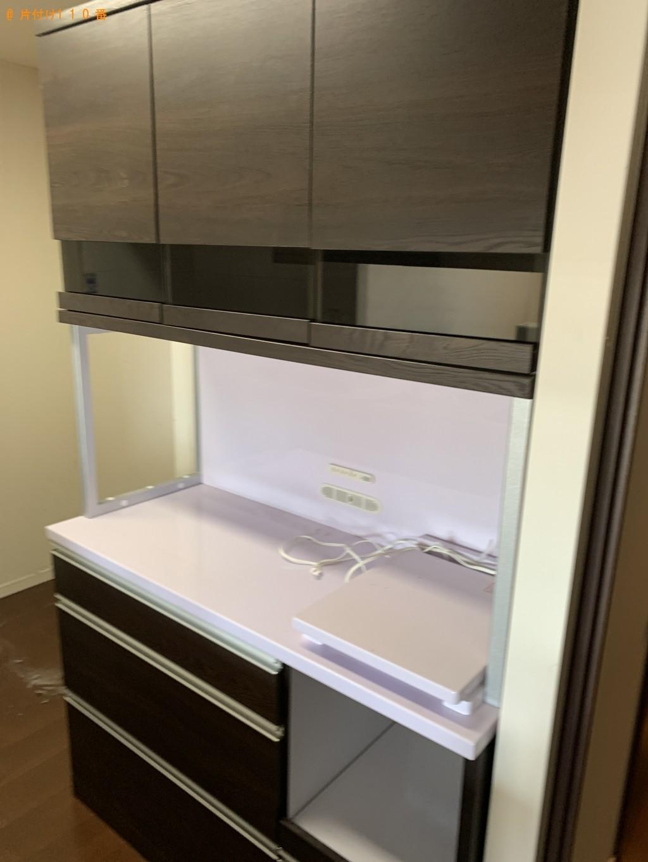 【草津市】リビングテーブル、棚、テレビ台等の回収・処分ご依頼