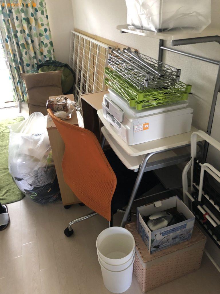 【豊郷町】パソコン、ガスコンロ、こたつ、本棚等の回収・処分