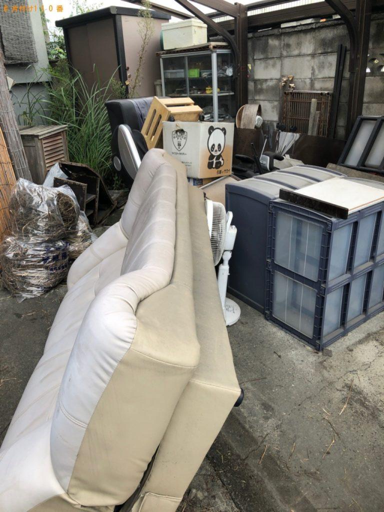 【【田原市】マッサージチェア、食器棚、ソファーの回収・処分ご依頼