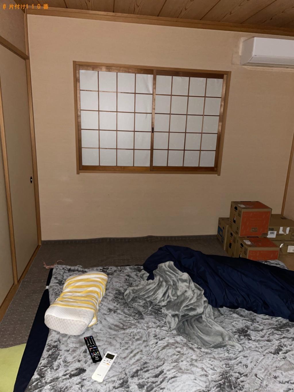 【大津市】三人掛けソファー、椅子、テレビ台等の回収・処分ご依頼