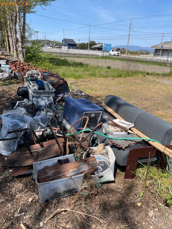 【東近江市小脇町】二人掛けソファー、収納ケース等の回収・処分