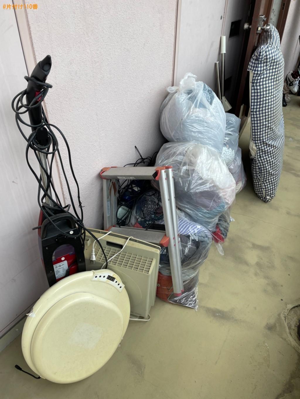 【野洲市】テレビ、スティック型掃除機、脚立、衣類等の回収・処分